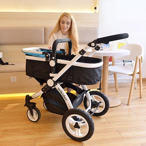 小孩满月送什么好?小孩满月送礼推荐:宝宝婴儿车