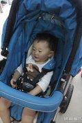 pouch婴儿车客户亲身使用说明