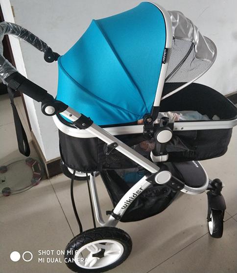 新生儿使用的婴儿推车